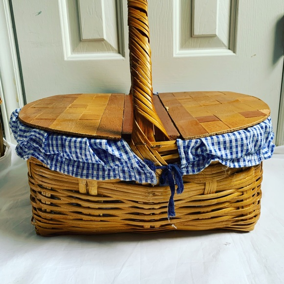 Vintage Large Wicker Picnic Basket Made in Mexico